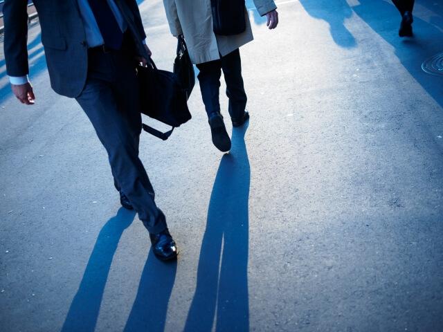 年収1000万の男性は、「鞄」もかっこいいものを