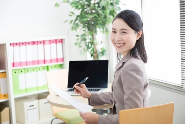 転職して新しい仕事に就職したとき選択するべき結婚相談所の選び方とは
