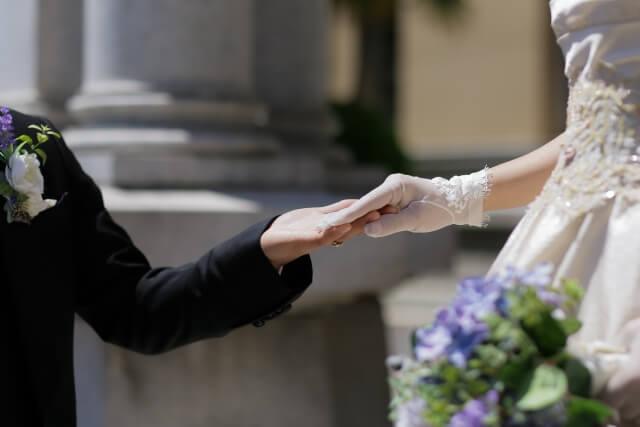 男性も周りの幸せに影響されて結婚を意識する