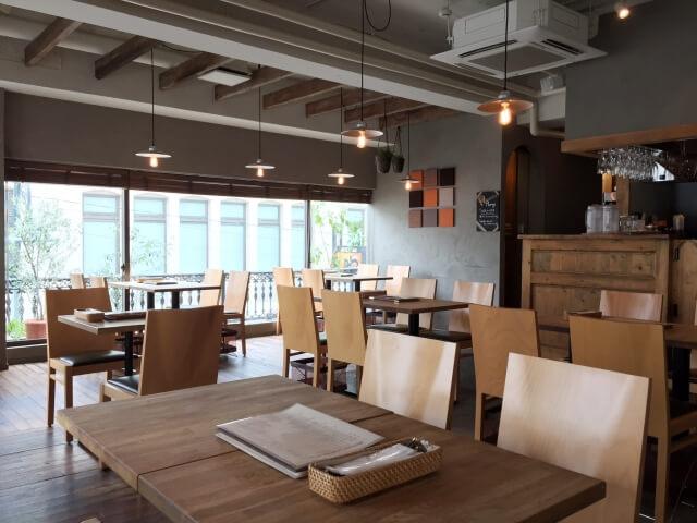 お見合い場所がカフェ。3大NG要素「落ち着かない」「話し辛い」「予約しにくい」