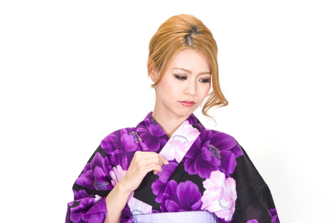 ヤキモチを焼きやすい女性の特徴5つ