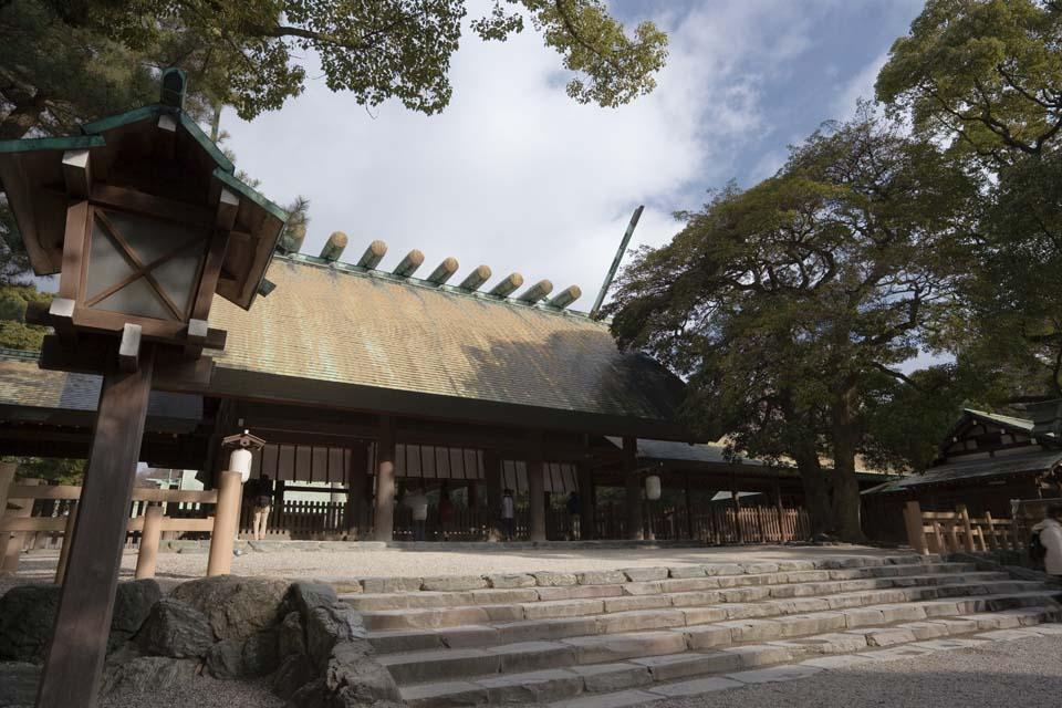 3 熱田神宮(あつたじんぐう)