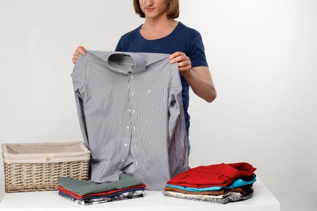 5 脱ぎっぱなしの服の片付け