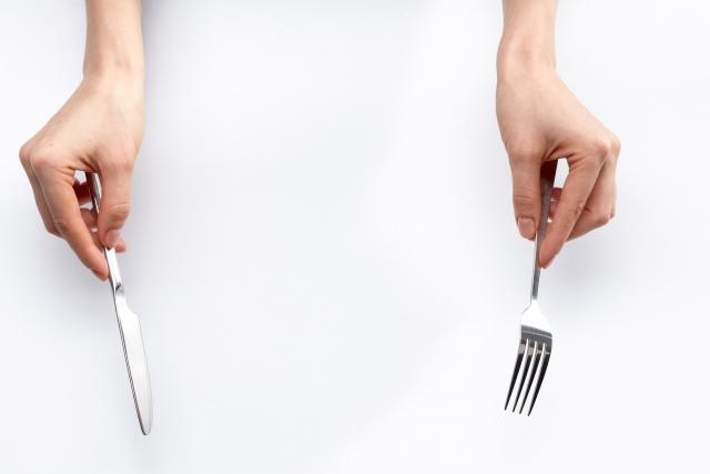 9 食事のマナーに気を配る