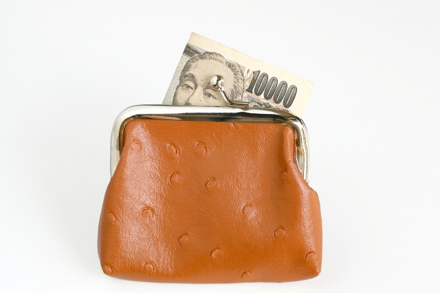 【特徴⑦】金銭感覚が常識からズレている