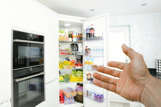 意外と見落としがちな冷蔵庫も要チェック